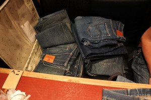 ダブルボランチさんに私が穿き込んだジーンズを解説していただきました。