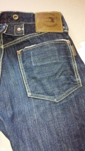 私がジーンズ用に使っているハンガー